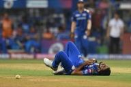 Bumrah's injury gives Kohli sleepless night, pacer fit